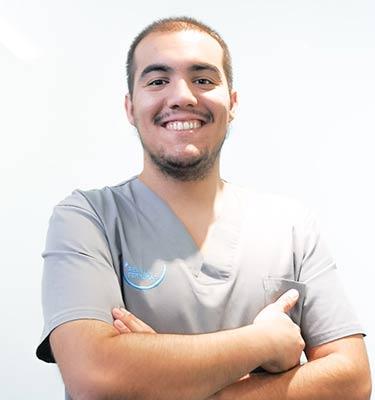 Dr. Pablo Sevilla Hernandez - Dentista en León